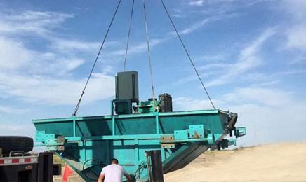 大型混凝土水渠成型机
