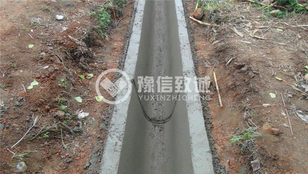 湖北黄石水渠成型机