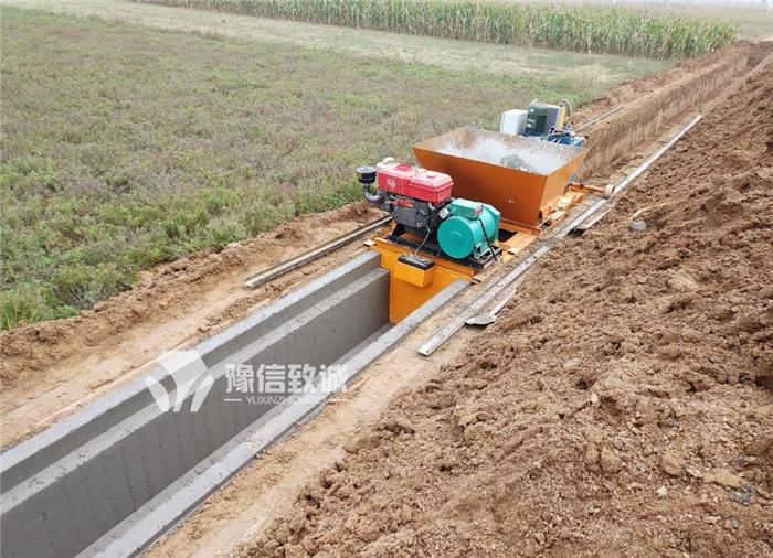 水沟滑模机带盖板槽最终施工效果